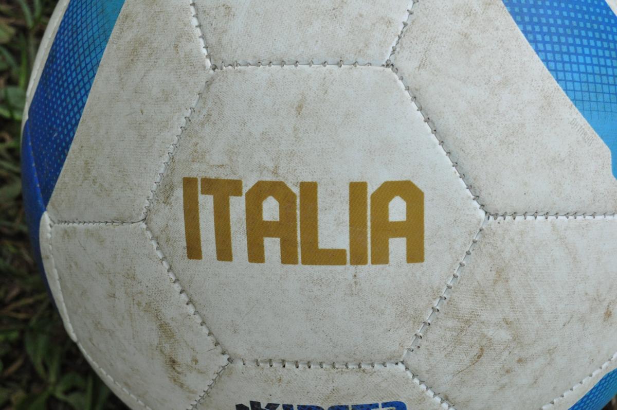 ball-612286_1920