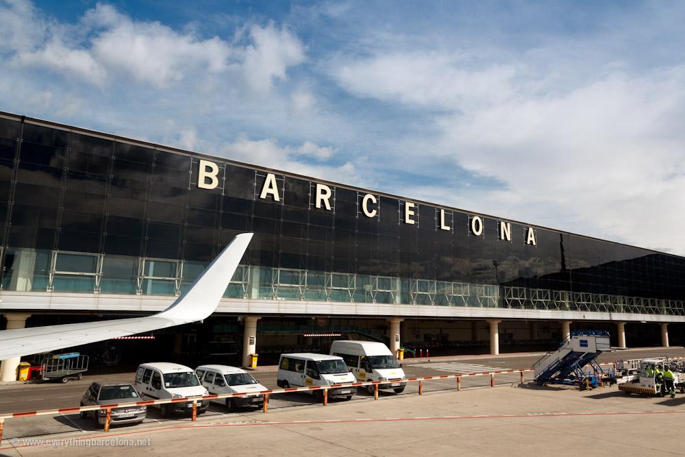 Barcellona: Come arrivare e dove dormire? | Tratto Rosa