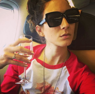 Troian Bellisario ( Spencer di Pretty Little Liars ) e l'addio al nubilato all'italiana!