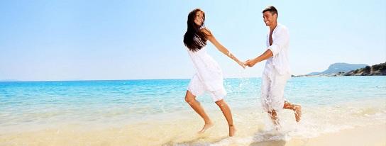 st_thomas_honeymoon_couple_sugar_bay