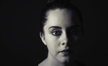 Le donne soffrono di più in amore